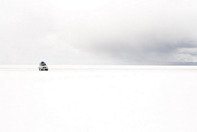Uyuni is white.