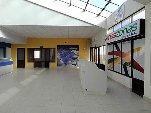 Amaszonas counter at La Joya Andina Airport in Uyuni