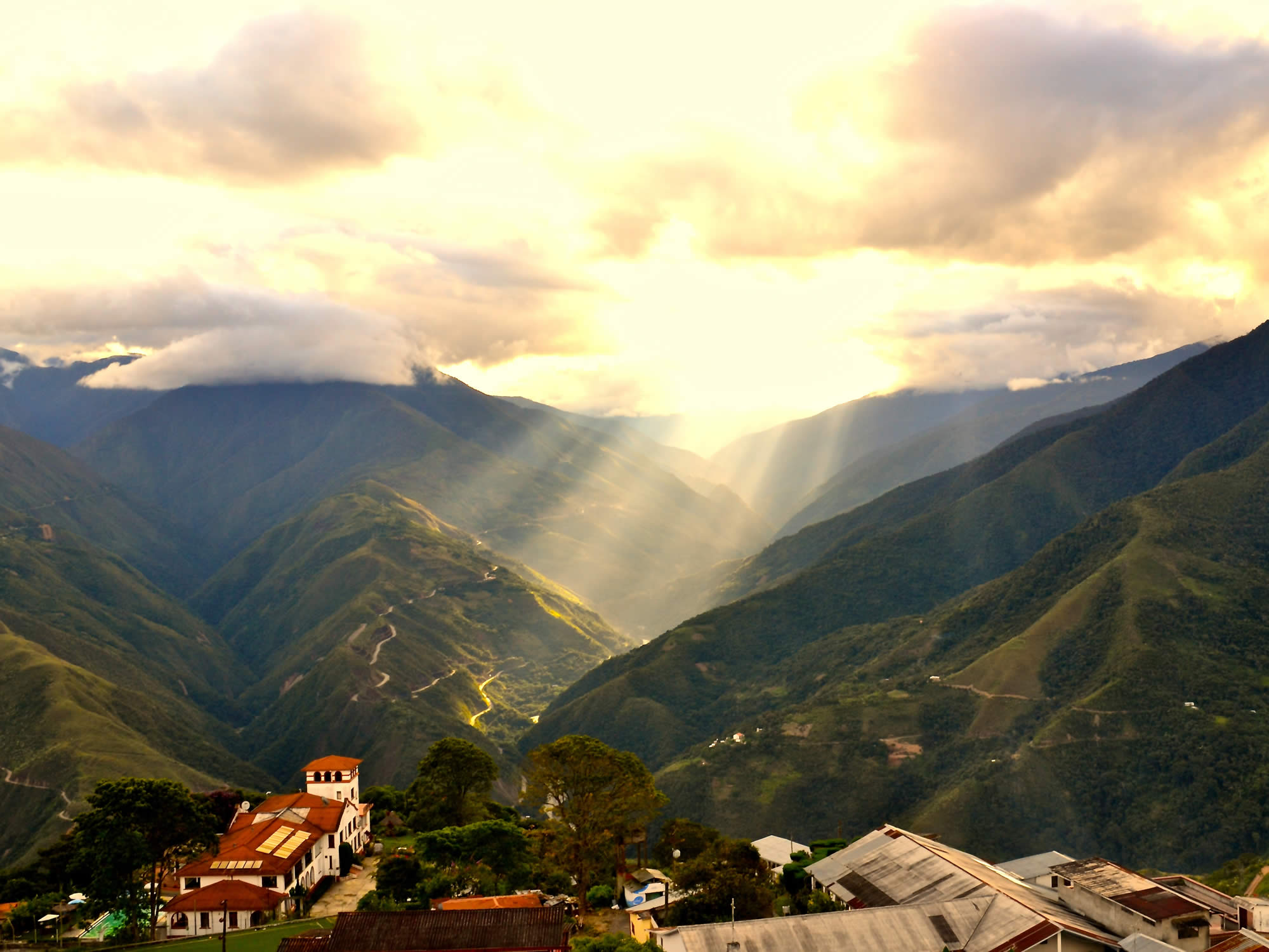 COROICO: A tropical paradise hanging from the sky, Yungas