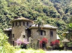 El Castillo del Loro, Coroico