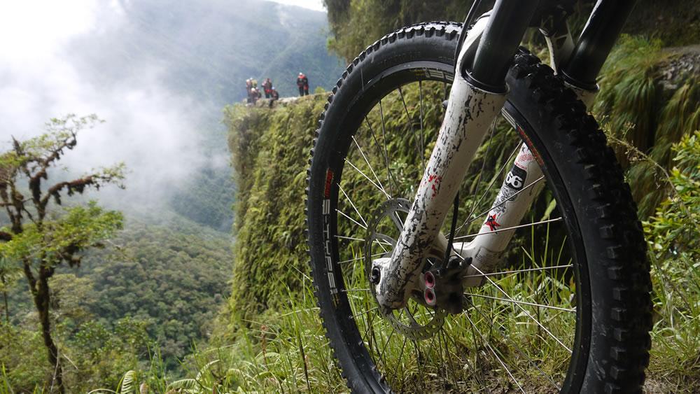 Death Road - Mountain Biking Tour, La Paz